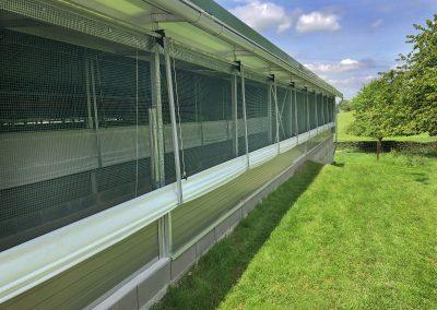 Feststall Rundbogen: Licht- und Windschutzsysteme für einen automatisierten Einsatz.